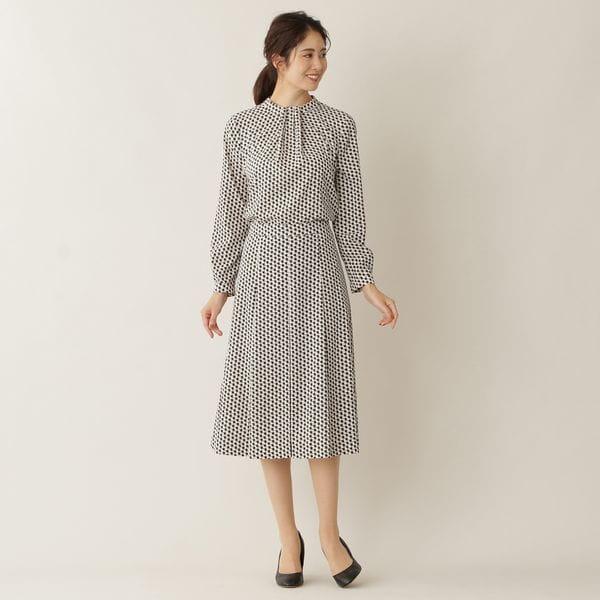[ 17%OFF ] 【ウォッシャブル】ステップスクエアプリントスカート(セットアップ対応)